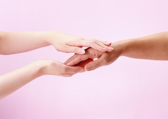 Для відновлення працездатності руки необхідні спеціальні вправи