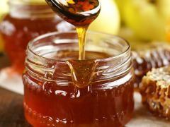 Мед при геморої: варто ризикувати здоров`ям?