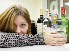 Повний підлітковий алкоголізм